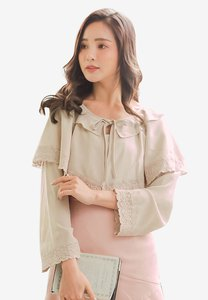 yoco-cape-long-sleeve-top-Tj9tFbgpoXtnamvawSYCCtS72oA8S3UdCwT9-300