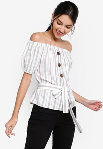 zalora-button-detail-off-shoulder-top-phtvYYGHMMA2AKDUPf5HqEcG2GNi95xdRD6k-300