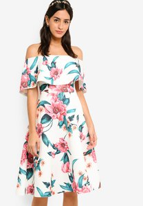 zalora-bridesmaid-off-shoulder-fit-flare-dress-ewWi8fHbURnNLgpJ9svFMvDa2V7ArwvXF7dJ-300