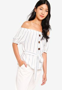 zalora-button-detail-off-shoulder-top-YjHek6Age2Lkpae6LGVmKpSp3F12snxEG4qg-300