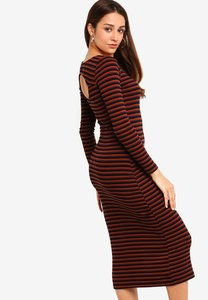 zalora-cut-out-midi-knit-dress-e4cvqh3Hf42nK2TVf1fco1kw2irHhc3yTiwR-300