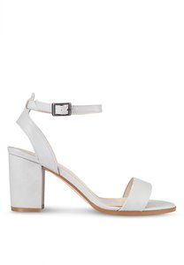 zalora-pu-ankle-strap-sandal-heels-Fuuu4WPxqmJgrivQugYbriAH2vx3CWyS97Pd-300