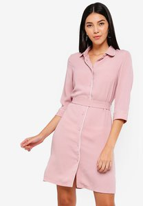 zalora-shirt-dress-with-self-tie-gnrVGbidzVnZa9gYMVMx7UKE2pa4nWu4cfr5-300
