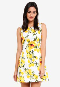 zalora-fit-and-flare-dress-with-pleats-KbUpR2ZH9NRUpPGMxtTnjefW3753TQWUDBr5-300