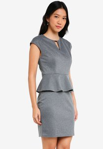 zalora-basics-peplum-pencil-dress-rB5S869edxdG1XmNjjiHxaz434s9rTyGToae-300