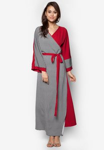 zolace-time-and-grace-wrap-dress-J2Er8zwyRr4JDsR3Mrq7t5CJPQEPcWoCR-300