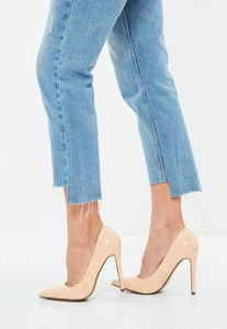 missguided-nude-pointed-toe-court-shoes-3CaRVuLjoGnBSbYogFFsWTZkxzw-300