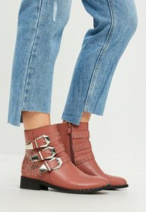 missguided-pink-multi-buckle-and-stud-ankle-boots-qtHP9rsoTJoxkAzgaZ1ywikGbNj-300