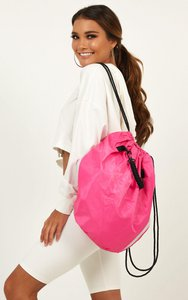 showpo-saying-nothing-bag-in-hot-pink-g4vE2dMTkdgDGotBB29abWw519tX2BZNAee3LTJKT7Mbmx3-300
