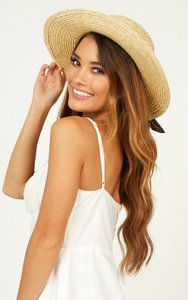 showpo-sail-away-hat-in-navy-and-natural-9LyeD4u4sTs9CvQNYmwDapcoA1qpTD6FbFecctZdeyF1c-300