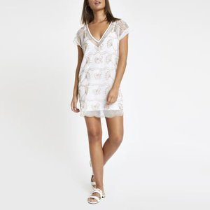 river-island-white-embellished-beach-dress-UEj2XZgo1Nnj4ZPuk4QJUNSFzmJN4-300