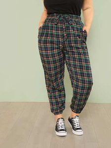 shein-shein-plus-plaid-print-tapered-pants-55AHeLLdUo1n5gcYjDyT2bNuVCzGsKdK-300