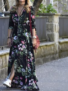 shein-smocked-waist-button-through-floral-maxi-dress-WN8xSEbEcix8a4qArhcd2C4UFwTpnc6n-300