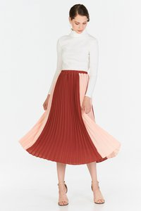 tcl-estella-colourblock-two-way-pleated-midi-skirt-in-pink-vWxpZk9JzseP9zTNSXUL9Yrodouv3eQeLES4Jhnu-300