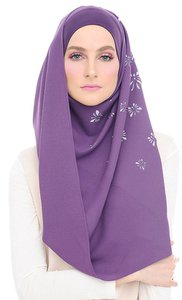 sugarscarf-very-madison-butterfly-rounded-instant-shawl-in-majestic-violet-dGGyAPFRzFzgWNHyfLRdN5GKaG2dad-300