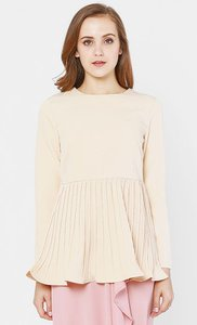 kiss-tell-sera-pleated-peplum-blouse-in-dusty-peach-DGdnLGJckFnD94kyXiRmnfPiZzJXr7-300