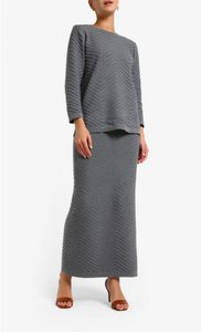 aere-sarra-patterned-knit-skirt-in-grey-vGkGXS2UfFfekJphMzRJdoMHe7g1op-300