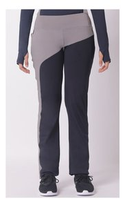 olloum-performance-slim-fit-pants-in-navy-and-mud-CGSZG2htEFrky1SPDnRAAiPMJhKt6v-300