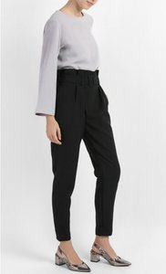sincerely-olisa-slim-fit-long-pants-with-belt-in-black-3GxJAVXrWF96dS3zvJRdDpL7Cc6CE8-300