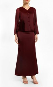 fv-basics-vega-waist-pleated-top-mermaid-skirt-set-in-maroon-eGXGmM2UfFmoryK5eVRJdtMHe7g1oq-300