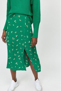 warehouse-warehouse-green-verity-ditsy-floral-midi-skirt-gSaP3AVtm2J9SWfLhc8iT-300