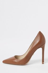 next-river-island-leather-court-shoe-s2YUhY3Fe2fdNtosyV4vD-300