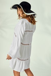 missguided-missguided-crochet-insert-oversized-cover-up-6mauxJCgS2DGrW8vHeaMY-300